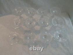 12 flutes à champagne cristal Saint Louis mod Gavarni crystal champagne flutes
