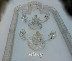 1900 Centre de Table Chemin en Cristal Moulé de Baccarat Ou St Louis 14 Pièces