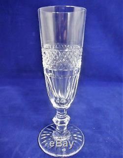 2 6 flûtes à champagne cristal taillé Saint Louis modèle Trianon ref/A22/36