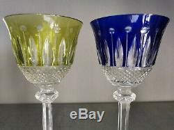 2 verres à pied / à vin CRISTAL DE ST LOUIS ROEMER. 2 couleurs