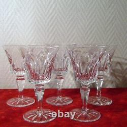 5 verres à eau en cristal de Saint Louis signé modèle Camargue