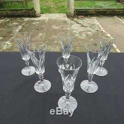 6 flûtes à champagne en cristal de saint louis modèle Camargue signé H 18,4 cm 1