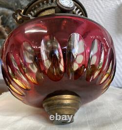 ANCIEN RESERVOIR LAMPE A PETROLE CRISTAL TAILLE BACCARAT SAINT LOUIS DIAM 17 cm