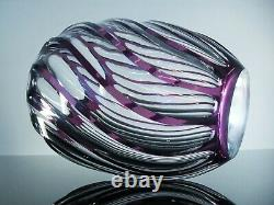 Ancienne Grand Vase En Cristal Torsade Couleur Violet Massif Taille St Louis