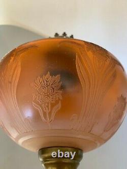 Ancienne lampe a pétrole cristal gravé à l'acide Saint louis