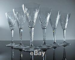 Anciennes 6 Verres A Vin En Cristal Taille St Louis Modele Nelly Signe