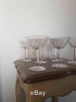 Belle Serie De 8 Verres Coupes A Champagne En Cristal De Saint Louis Lasalle