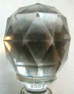 Boule d'escalier cristal à facettes, virole bronze, Baccarat ou Saint Louis