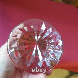 Carafe à liqueur en cristal de couleur rouge de baccarat ou st louis