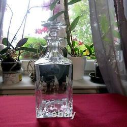 Carafe a whisky en cristal de saint louis modèle Cerdagne signé