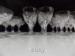 Cristallerie Lorraine- Beau Service Cristal 24 Pieces Genre Adour De St Louis