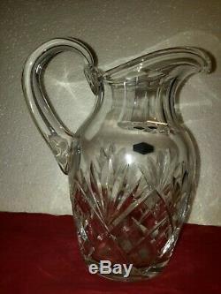 Élégant pichet / broc à eau en cristal estampillé St Louis modèle Chantilly
