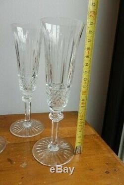 Ensemble de quatre flûtes à champagne cristal Saint Louis modèle Tommy