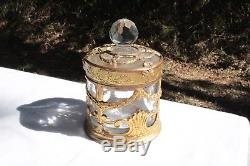 Flacon Couvert Cristal de Saint Louis Monture Bronze ajouré XIX ème siècle