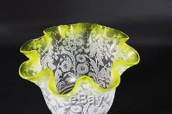 GRANDE TULIPE GLOBE ANCIEN CRISTAL GRAVÉ LAMPE PÉTROLE SAINT-LOUIS XIX° siècle