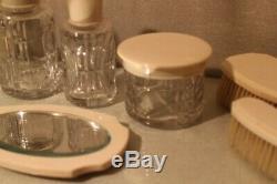 Grand service de toilette Art déco cristal (Baccarat Saint Louis) flacons miroir