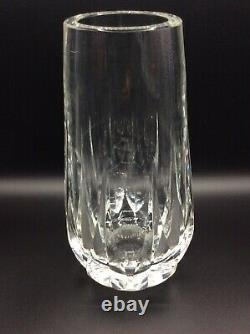 Grand vase en cristal blanc soufflé taillé signé Saint-Louis Design XXème