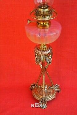 Grande lampe à pétrole Empire bronze et cristal Saint Louis. Signée J. C