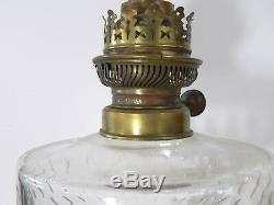 Lampe à petrole colonne corinthienne cristal taillé Baccarat St Louis Napoleon 3