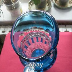 Pichet broc à eau cruche en cristal de saint louis de couleur bleu modèle tommy