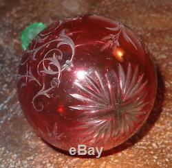 Rare boule à repriser en cristal overlay ouraline cristallerie Saint Louis XIXe