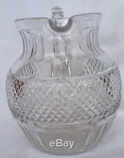 Ravissant broc en cristal modèle Trianon en cristal Saint-Louis