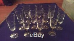 SERVICE 10 VERRES A CHAMPAGNE CRISTAL ST LOUIS BACCARAT (flute à champagne)