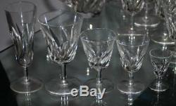 ST. LOUIS 7 FLUTES A CHAMPAGNE en cristal taillé, modèle BIDASSOA SIGNE