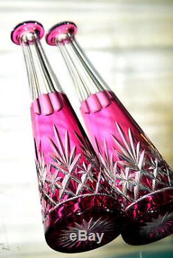 Saint-Louis, Massenet. Carafe fuselée à vin du Rhin en cristal doublé & taillé