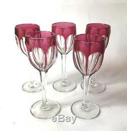 Saint Louis Modèle Overlay 5 Verres A Vin En Cristal Doublé Rouge Rubis