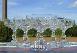 Saint Louis Service de 6 coupes à champagne en cristal taillé. Début Xxe s
