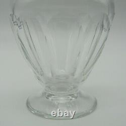 Saint-Louis. Vase sur piédouche en cristal taillé, XXe siècle
