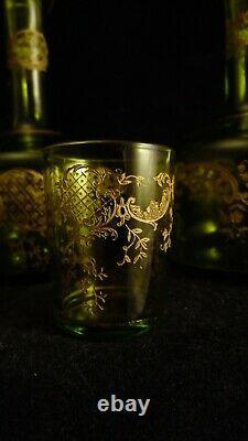 Service à liqueur 2 carafes 3 verres couleur vert cristal de St Louis doré Talma