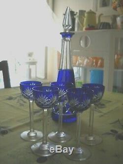 Service à liqueur en cristal couleur bleue St Louis modèle Massenet