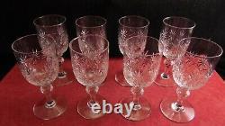 Service de 8 verres à vin en cristal de Saint Louis ou Baccarat