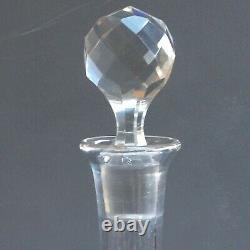 Service de nuit Baccarat St Louis cristal gravé 19ème. Bedside set