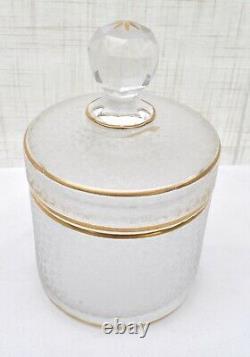 Service de toilette XIXème givré en cristal Baccarat ou Saint Louis