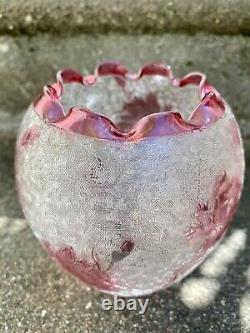 Superbe Globe Tulipe Cristal Givre Degage A L'acide St Louis Motif Oeillets 1900