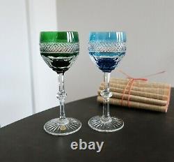 Trianon Saint Louis cristal. 2 verres à vin du Rhin / Roemer. Bleu ciel & vert