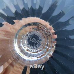 Verre roemer en cristal de saint louis tommy de couleur rouge signé H 19,8 cm